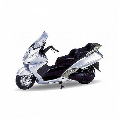 Welly модель мотоцикла 1:18 Honda Silver Wing Бишкек и Ош купить в магазине игрушек LEMUR.KG доставка по всему Кыргызстану